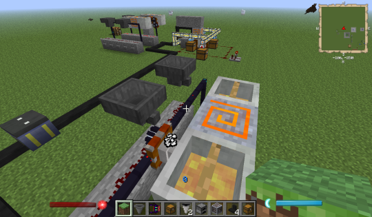 Each servo passes two hoppers and injects into two crystallizers. This can be expanded.
