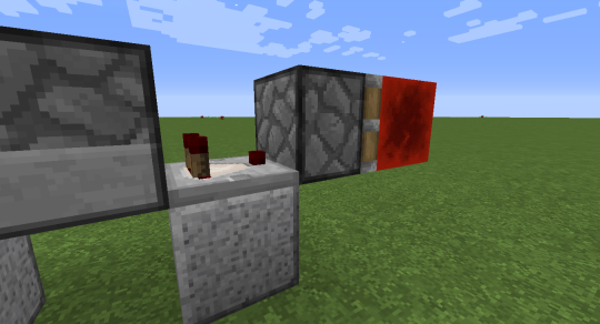 A comparator behind the right dropper detects the presence of the cobblestone and sends a redstone signal to a sticky piston connected to a redstone block.